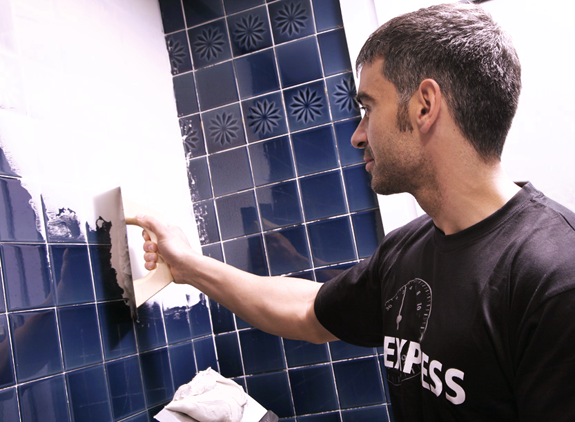 Renovar los azulejos del ba o y cocina sin obras tienda - Revestimientos banos sin obra ...