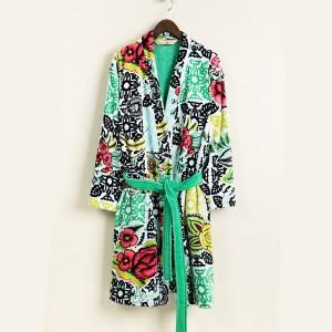 bathrobe-bw-luxury-2x2