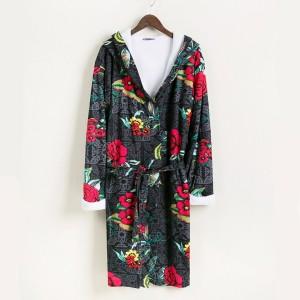 bata-negra-con-flores-bw-luxury2x2