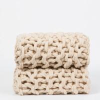 plaid-tricot-beig-nudos